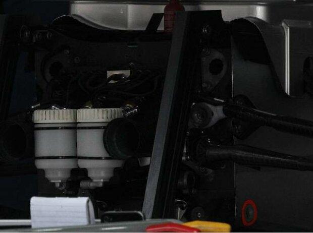F-Schacht am Mercedes F1 W03