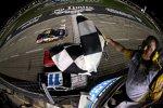 Greg Biffle (Roush) beendete eine 49 Rennen dauernde sieglose Serie