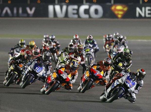 Start zum MotoGP-Rennen in Katar 2012