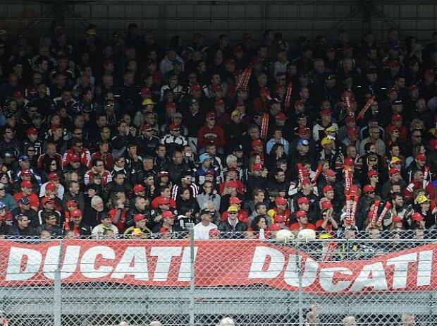 Ducati, Fans, Tribüne