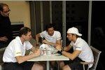 Pedro de la Rosa (HRT) Dani Clos (HRT) und Teamchef Luis Perez-Sala