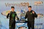 Die Busch-Brothers in der Victory Lane: Fahrer Kurt Busch und Owner Kyle Busch