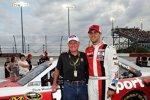 Denny Hamlin trat in der Retro-Lackierung von NASCAR-Legende Cale Yarborough an