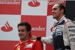 Pastor Maldonado (Williams) und Fernando Alonso (Ferrari)