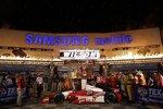 Justin Wilson und das Team von Dale Coyne Racing in der Victory Lane