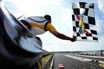 Joey Logano (Gibbs) fuhr in Pocono zum ersten Saisonsieg