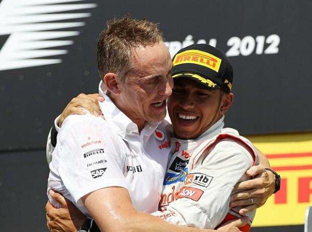 Lewis Hamilton, Martin Whitmarsh (Teamchef, McLaren)