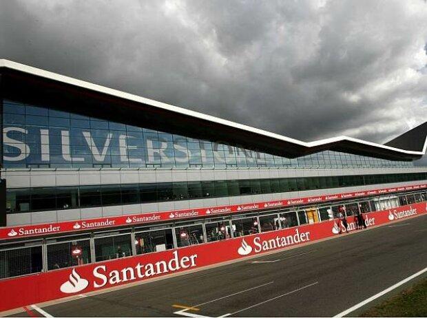 """Eröffnung des """"Silverstone-Wing"""""""