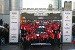 Sebastien Loeb und das Citroen-Werksteam feiern den Sieg