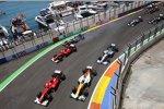 Fernando Alonso (Ferrari), Paul di Resta (Force India), Felipe Massa (Ferrari) und Jenson Button (McLaren)