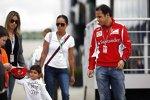 Felipe Massa (Ferrari) mit seiner Ehefrau Rafaela und Sohn Felipinho