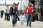Felipe Massa (Ferrari) mit Ehefrau Rafaela und Sohn Felipinho