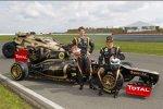 Romain Grosjean (Lotus) und Kimi Räikkönen (Lotus)