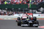 Bruno Senna (Williams) und Jenson Button (McLaren)