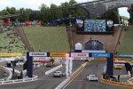 Timo Scheider (Abt-Audi), Adrien Tambay, Ralf Schumacher (HWA-Mercedes) und Jamie Green (HWA-Mercedes)