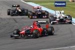 Timo Glock (Marussia), Sergio Perez (Sauber), Daniel Ricciardo (Toro Rosso) und Heikki Kovalainen (Caterham)