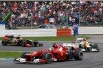 Felipe Massa (Ferrari), Nico Hülkenberg (Force India) und Kimi Räikkönen (Lotus)