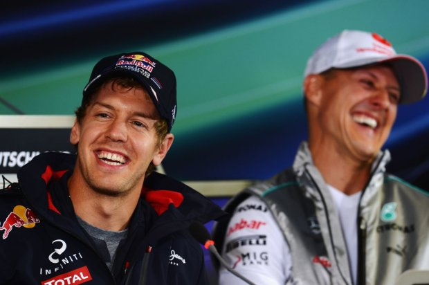 Sebastian Vettel Michael Schumacher Red Bull Red Bull Racing F1 ~Sebastian Vettel (Red Bull) und Michael Schumacher (Mercedes) ~