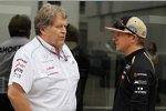Norbert Haug (Mercedes-Motorsportchef) und Kimi Räikkönen (Lotus)