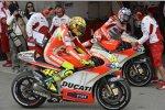 Valentino Rossi und Nicky Hayden (Ducati)