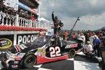 Joey Coulter bejubelt seinen ersten Truck-Sieg in der Victory Lane