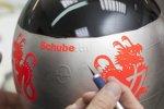 300. Grand Prix: Spezialhelm in Platin von Schuberth f?r Jubilar Michael Schumacher (Mercedes)