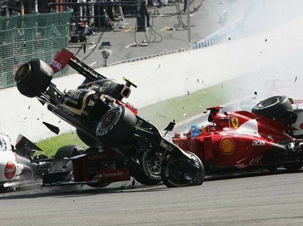 Fernando Alonso und Romain Grosjean