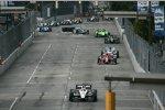 Will Power (Penske), Scott Dixon (Ganassi), Sebastien Bourdais (Dragon), James Hinchcliffe (Andretti) und Tony Kanaan (KV)