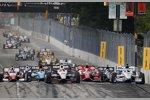 Start zum Baltimore Grand Prix mit Will Power (Penske) an der Spitze