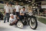 Andy Priaulx auf, Joey Hand in und Dirk Werner, Augusto Farfus, Martin Tomczyk hinter der BMW R47