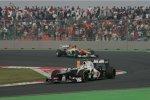 Sergio Perez (Sauber) vor Nico Hülkenberg (Force India)