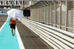 Nico Hülkenberg (Force India) mit Sonnenschutz