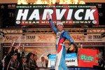 Kevin Harvick (Childress) gewinnt