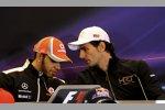 Pedro de la Rosa (HRT) und Lewis Hamilton (McLaren)