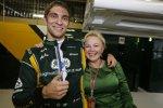 Witali Petrow (Caterham) mit Managerin Oksana Kossatschenko