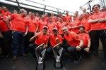 Jenson Button, Lewis Hamilton und Martin Whitmarsh (Teamchef, McLaren)