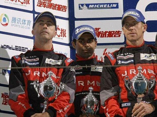 Peter Dumbreck, Karun Chandhok, David Brabham