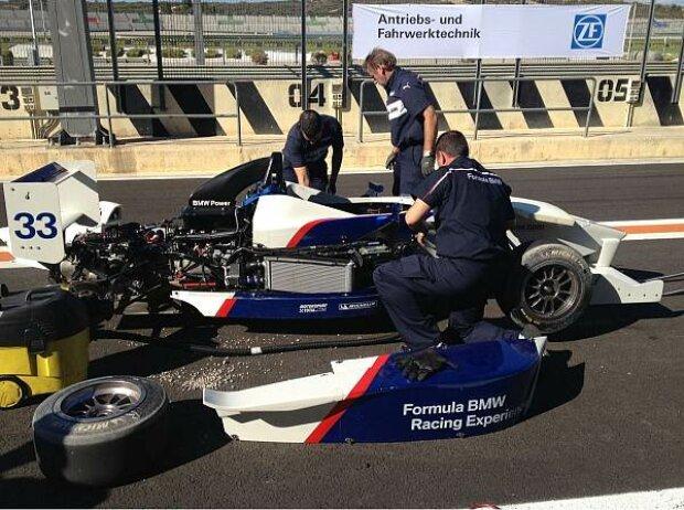 Formel BMW nach einem Dreher
