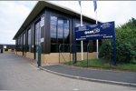 Vorgängerfabrik von Mercedes AMG High Performance Engines im Jahr 2001, damals noch unter dem Namen Ilmor