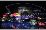 Adrian Newey, Christian Horner, Mark Webber (Red Bull) und Sebastian Vettel (Red Bull)