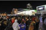 Charlotte: Fans warten auf Einlaß