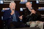 Zwei NASCAR-Legenden geben sich die Ehre: Bobby Allison (li.) und Ned Jarrett