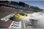 Matt Kenseth feiert seinen ersten Sieg in Diensten von Joe Gibbs Racing