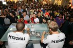 Nico Rosberg und und Lewis Hamilton
