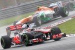 Jenson Button (McLaren) vor Adrian Sutil (Force India)