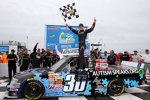 Trucks in Rockingham: Kyle Larson in der Victory Lane