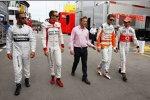 Lewis Hamilton (Mercedes), Paul di Resta (Force India) und Jenson Button (McLaren)