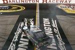 Zweiter Darlington-Sieg für Kyle Busch (Gibbs) in der Nationwide-Serie