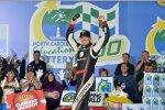 Kyle Busch gewinnt das Truck-Rennen von Charlotte