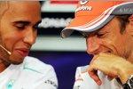 Lewis Hamilton (Mercedes) und Jenson Button (McLaren)